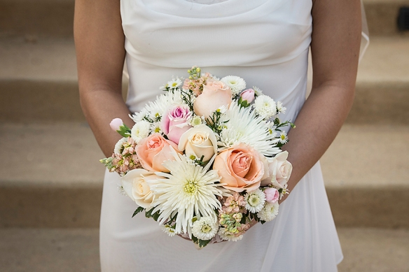 peach roses and white mum wedding bouquet