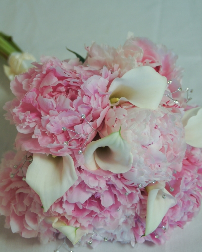 pink peony and white calla lily wedding bouquet